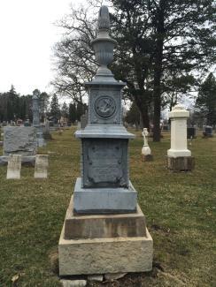 Claflin_gravesite